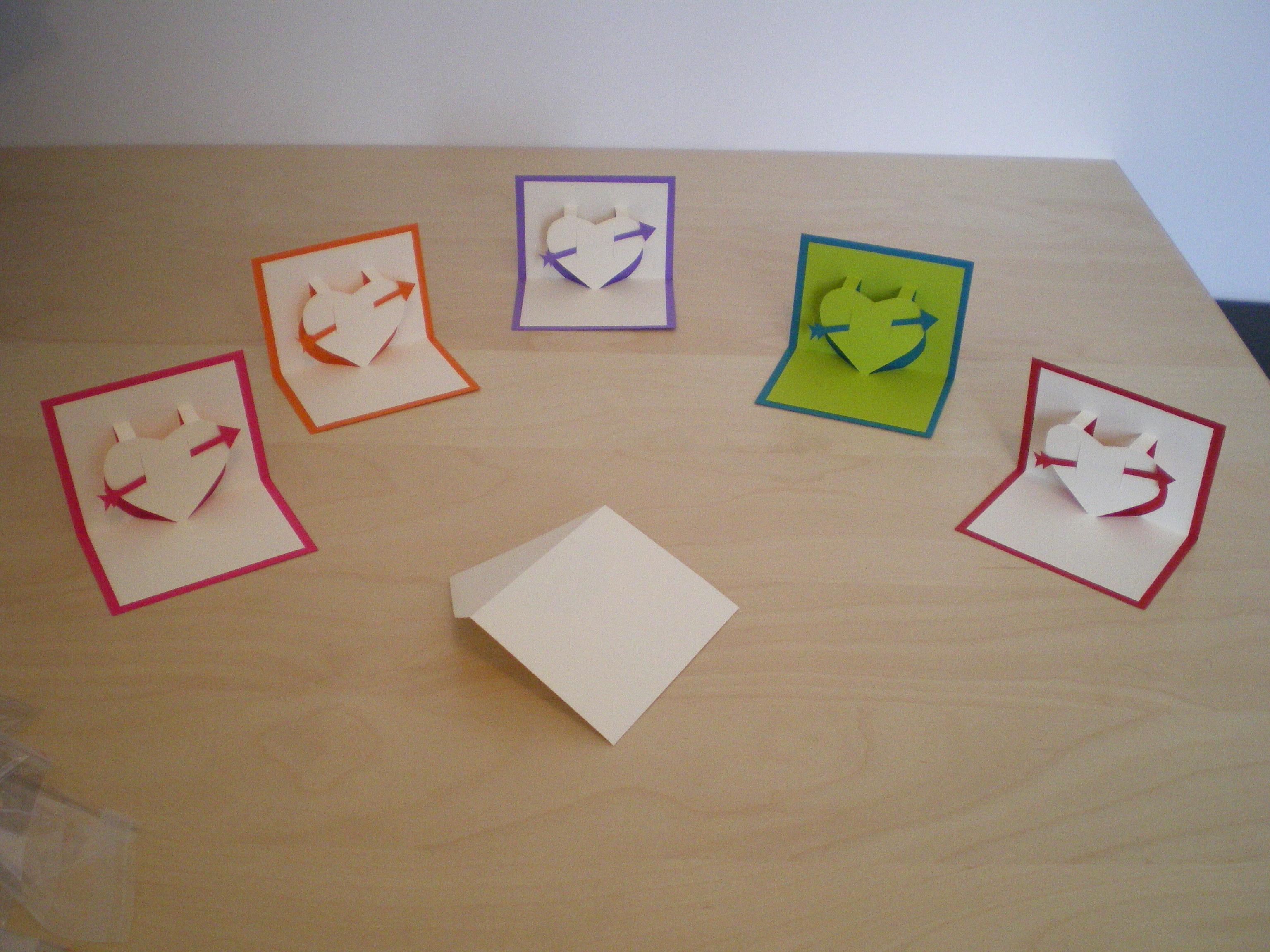 fichier gratuit carte petit coeur en kirigami