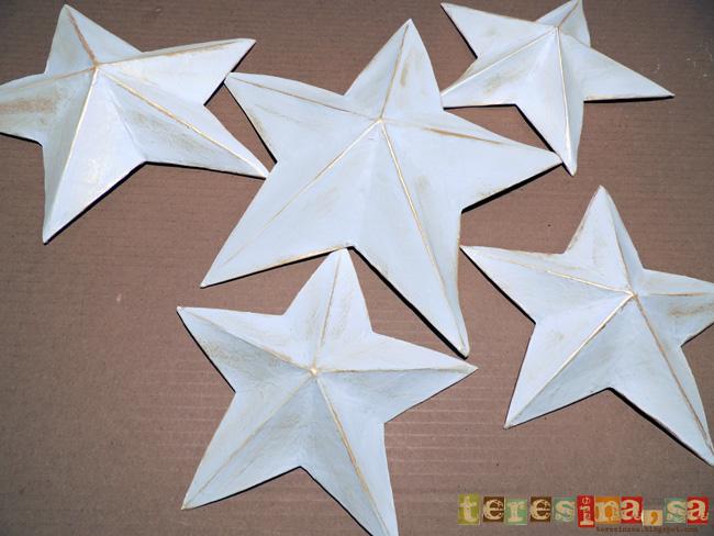 Décorations de noël étoile en papier ou carton